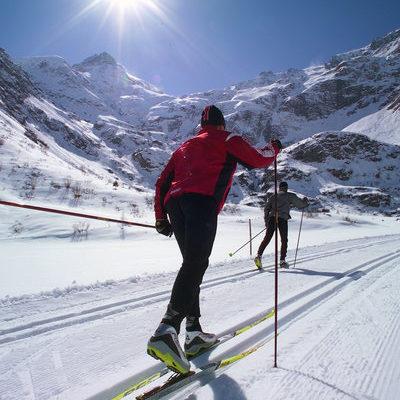 Беговые лыжи: изучаем нюансы классического хода